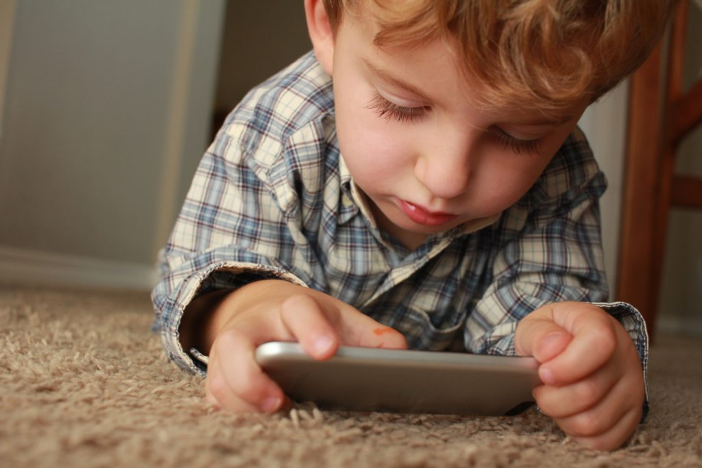 Pediatricians improve patient care with texting